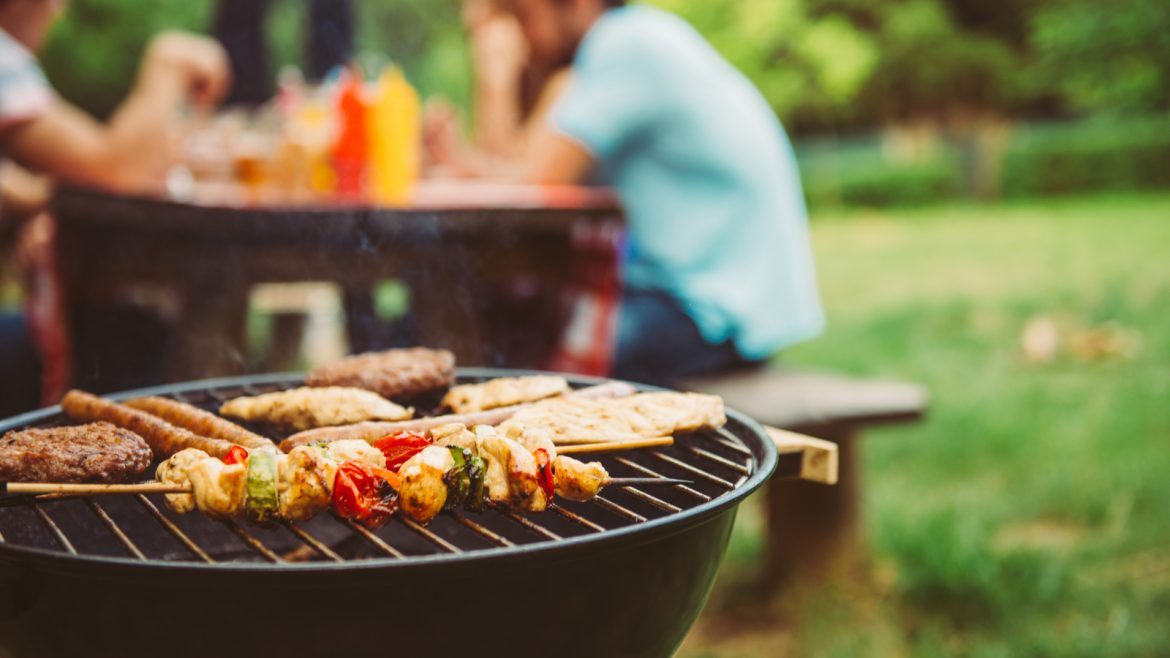 Tips to BBQ in place with weed